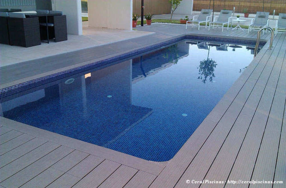 De piscinas valencia cheap de piscinas en valencia semi for Piscinas empresas