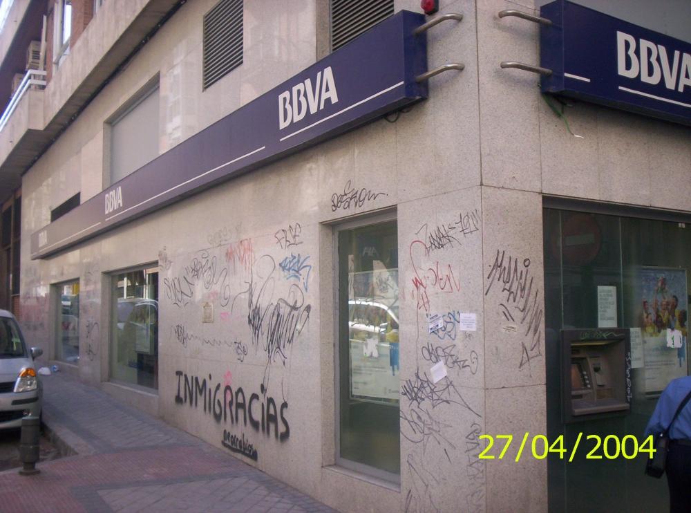 Antigraffitis eliminaci n de graffitis madrid empresa de - Empresas de limpieza en fuenlabrada ...