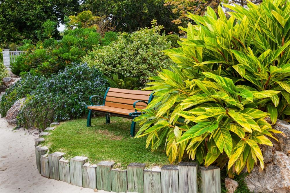 Jardiner a josep mar a empresa de mantenimientos de for Empresas de jardineria en girona