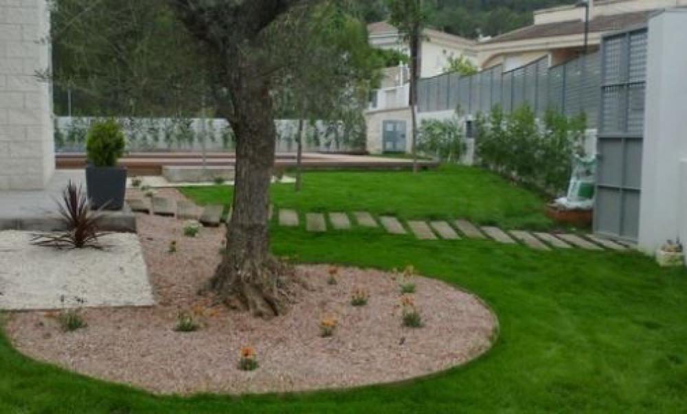 Arboreda jardiner a y paisajismo jardineros profesionales - Jardineria en valencia ...