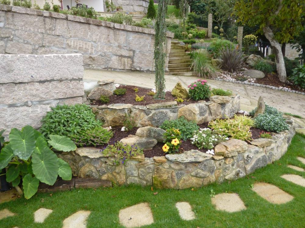Innova paisajes dise o de jardines pontevedra for Jardines originales