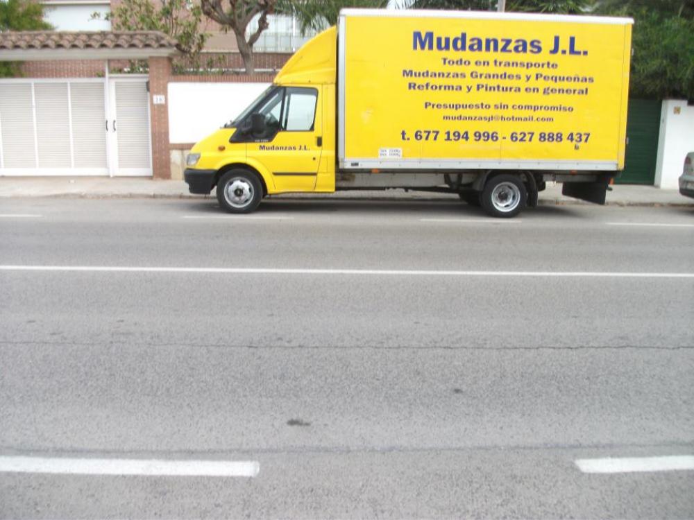 Transporte de muebles barato affordable ofertas with for Transporte de muebles barcelona
