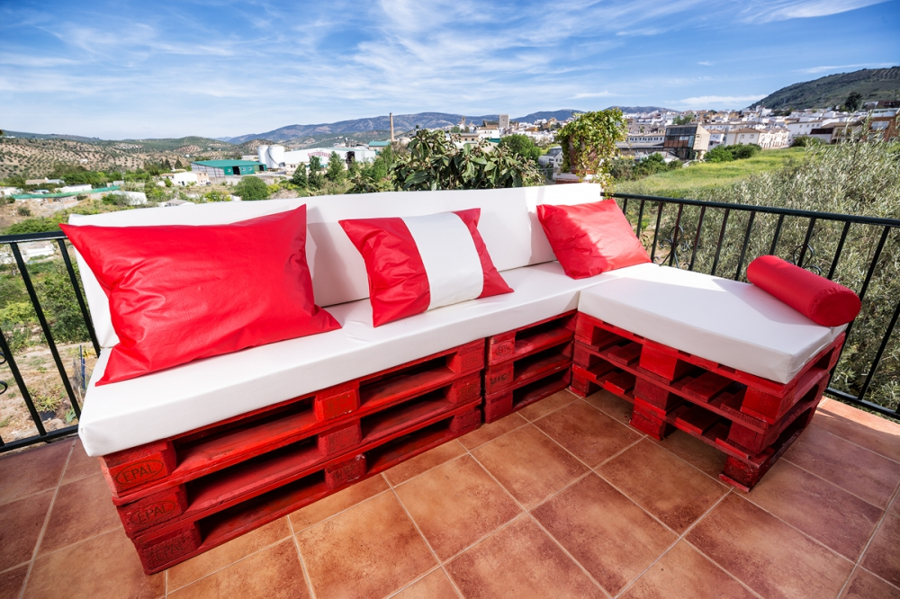 Estilopal mobiliario de pal en andaluc a chaiselonge for Decoracion jardin granada