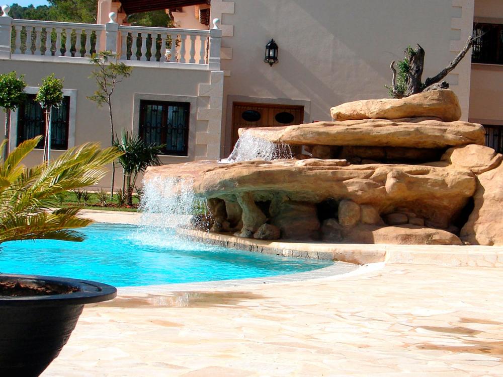 Precio piscina hormigon good precios de piscinas de for Ofertas piscinas de hormigon