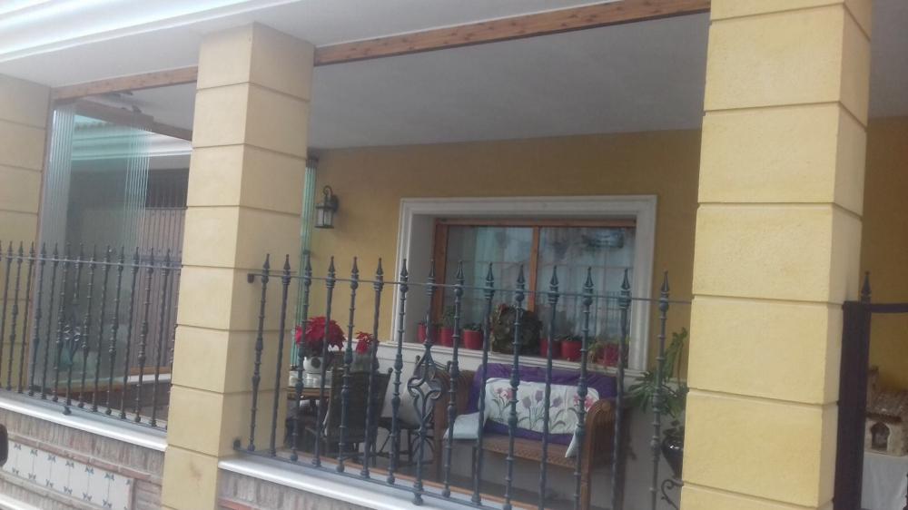 Cuanto cuesta un cerramiento de terraza vista de la for Cuanto cuesta un toldo para balcon
