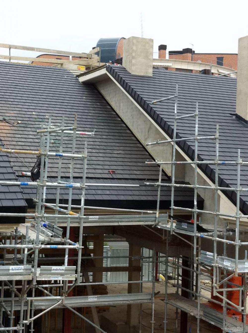 Materiales para tejados de casas beautiful cubierta para for Materiales para techos de casas