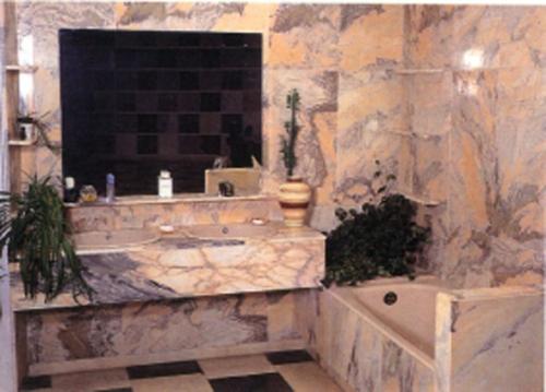 M rmoles redondo venta de m rmoles y granito en cuenca for Marmoles y marmoles