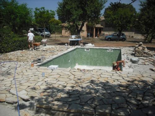 Piscinas jm rustic construcci n de piscinas en mallorca - Piscinas en palma de mallorca ...
