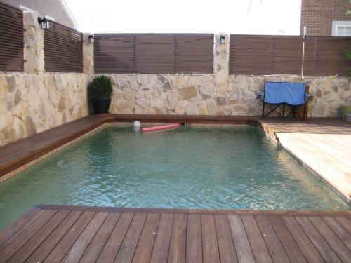 Piscinas pimat construcci n de piscinas a medida en madrid madrid madrid - Lonas para piscinas a medida ...