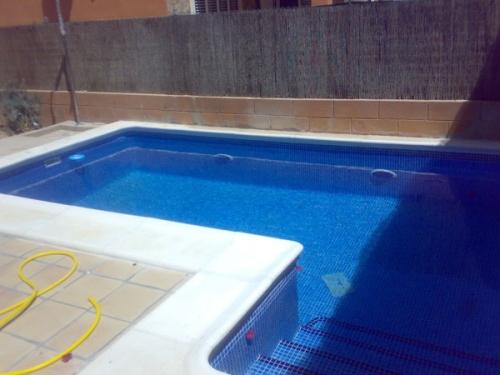 Empresa de construcci n mantenimiento rehabilitaci n y for Empresas mantenimiento piscinas