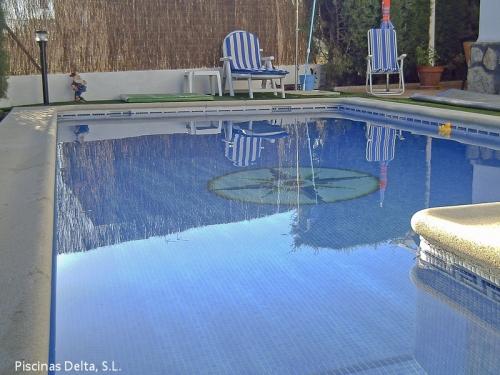 Piscinas aquadelta construcci n de piscinas a medida en for Construccion piscinas madrid