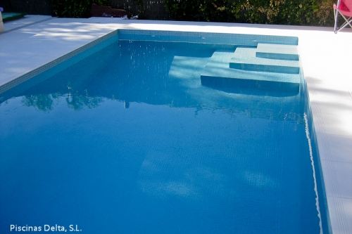Piscinas aquadelta construcci n de piscinas a medida en for Precio construccion piscina obra