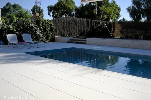 Piscinas aquadelta construcci n de piscinas a medida en for Precio construccion piscina de obra
