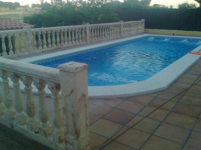 Norton pool construcci n de piscinas baratas en sevilla for Piscinas abiertas en sevilla