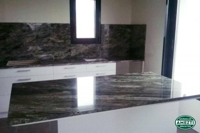 Marmoles y granitos construcci n de escaleras de m rmol en for Piedras marmoles y granitos