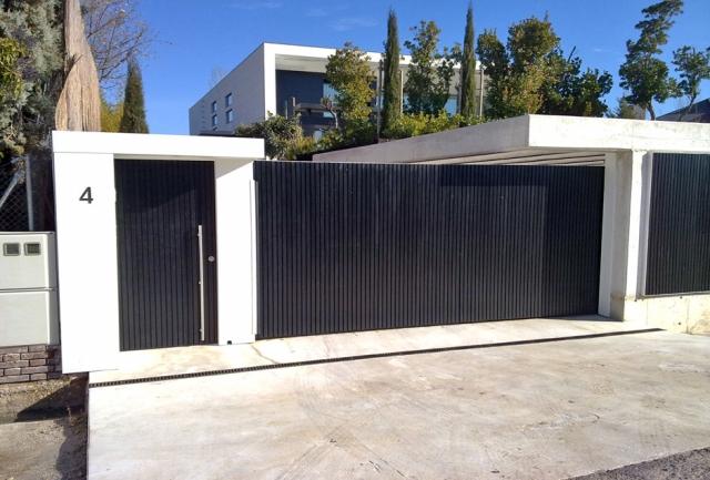 Puertas autom ticas luvematic empresa para instalaci n de puertas autom ticas en madrid - Puertas de chalet ...
