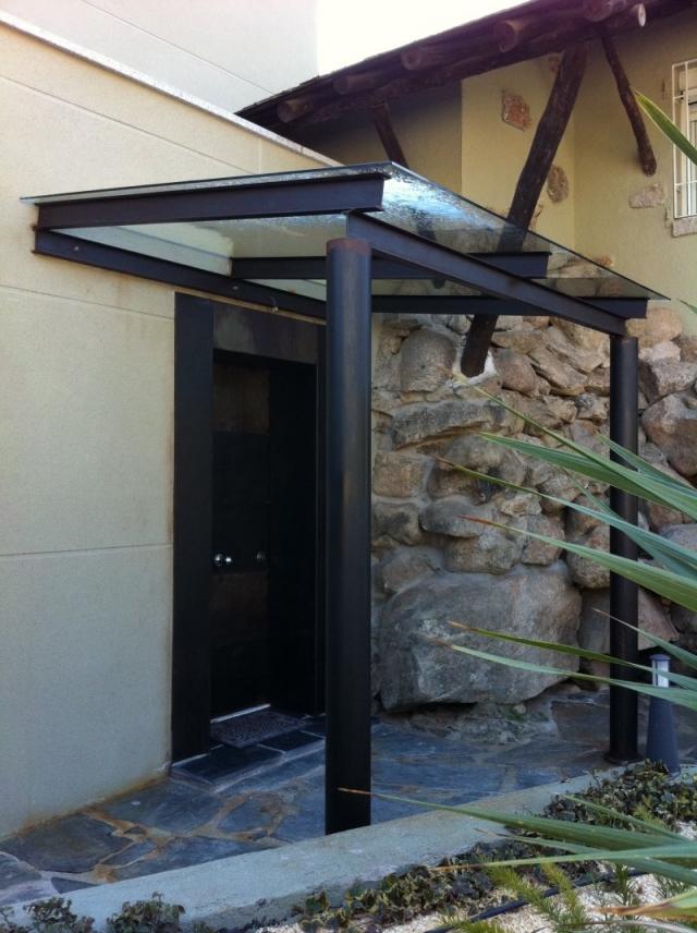 Montaje de ventanas de pvc para casas en guadarrama - Puertas de hierro para exteriores ...