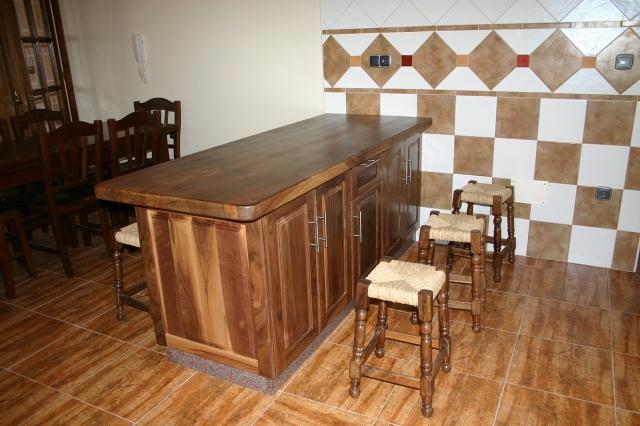 Carpinter a javi fabricaci n de muebles de madera maciza a - Muebles de cocina madera maciza ...