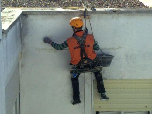 Grupomih empresa de rehabilitaciones de fachadas para for Saneamientos baratos