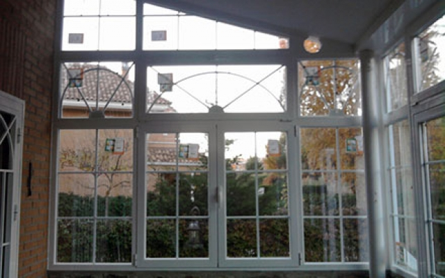 Cerrar un porche cheap beautiful cerrar porche y - Puertas para porches ...