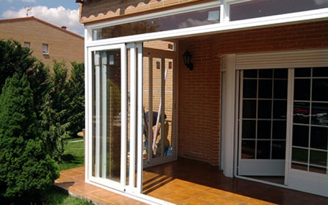 Comercial roalpe instaladores de ventanas de aluminio en - Cerramientos de aluminio para porches ...