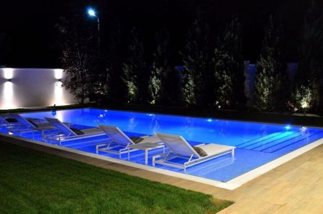 Piscinas aipool empresa de construcci n de piscinas for Instalar piscina precios