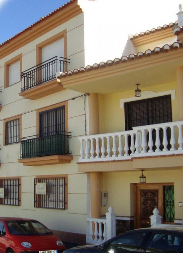 Ballesteros blanca proyectos de arquitectura en granada construcciones de viviendas en - Arquitectos en granada ...
