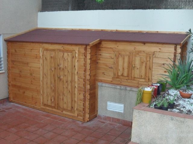 Casas de madera en sevilla casas de madera carbonell with for Bar madera sevilla