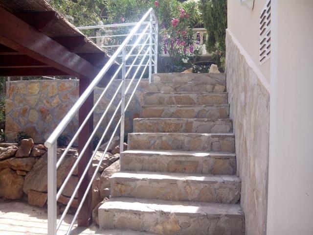 De sola artesan a cerrajer a de hierro en alicante - Cerramientos de escaleras ...