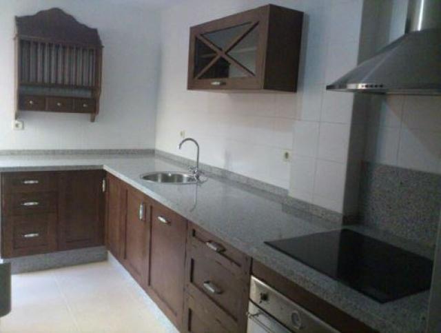 Luarco empresa de montaje y dise o integral de cocinas en - Muebles cocina formica ...