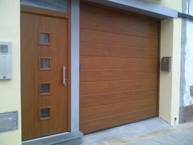 Tecnidoor empresa para instalar puertas autom ticas para - Puertas de garaje malaga ...