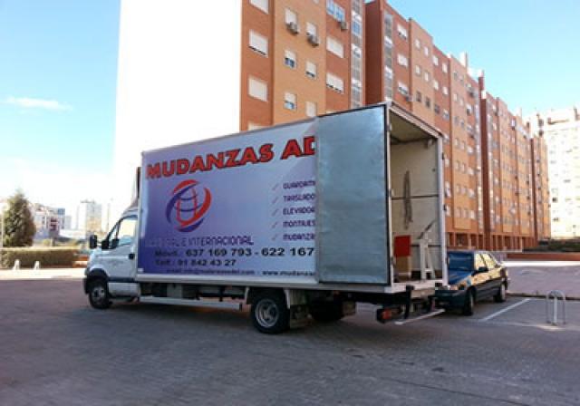 Mudanzas adel empresa de mudanzas de viviendas casas for Mudanzas oficinas madrid