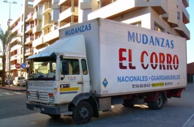 Transporte muebles stunning transportes y mudanzas for Transporte muebles barcelona