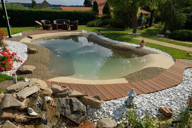 Piscinas igui madrid empresa de instalaci n de piscinas for Cascadas prefabricadas