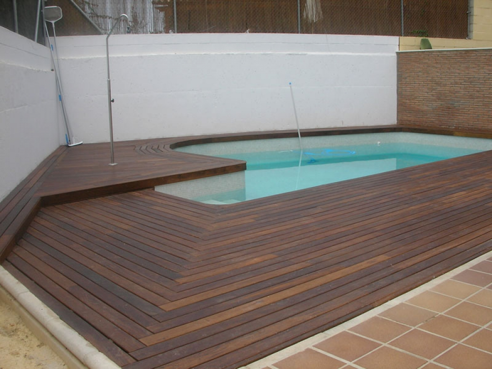 Piscinas guadiamar empresa de construcci n de piscinas en for Piscinas de obra baratas