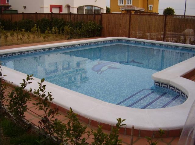 Decoline piscinas empresa de construcciones de piscinas for Piscinas publicas valencia