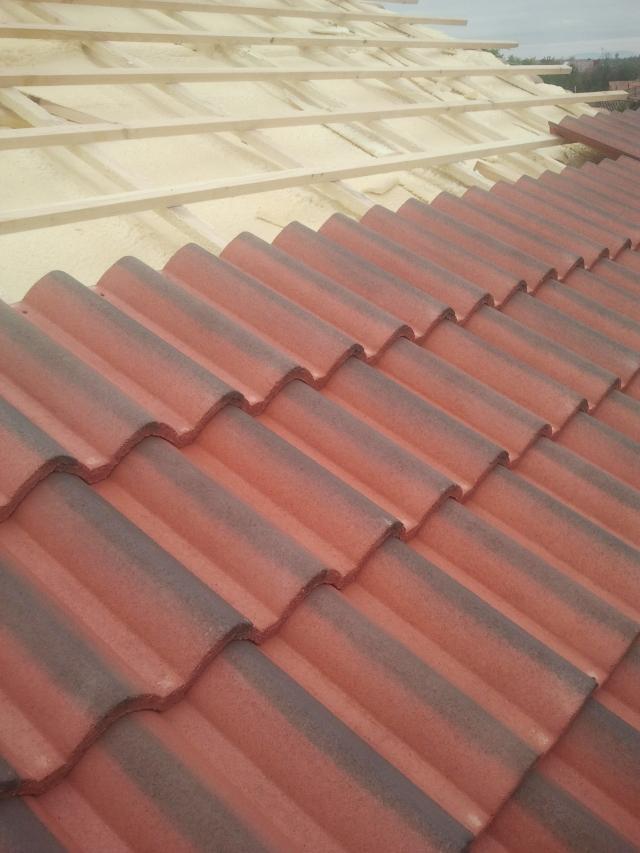 Cubiertas eduardo empresa de porches tejados y cubiertas for Tejados de madera en leon