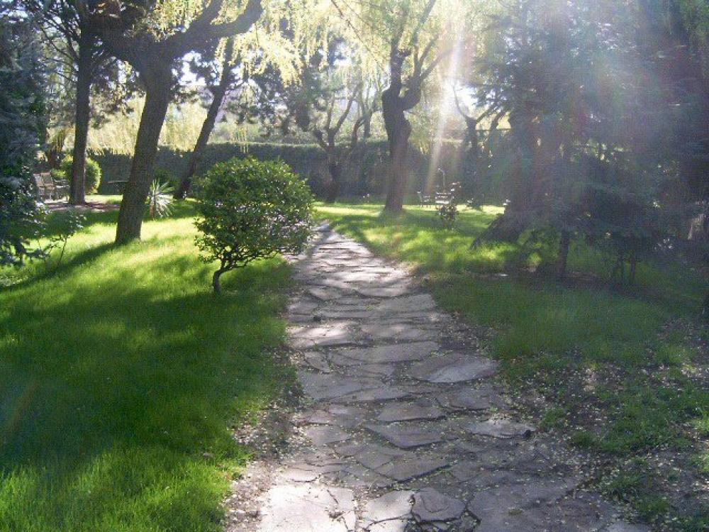 Dise o y gesti n sostenible empresa de jardiner a for Jardineria las rozas