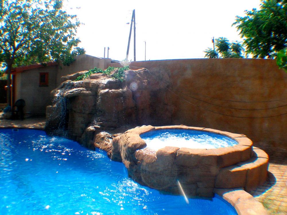 Piscinas ripollet empresa de construcci n de piscinas de obra en tarragona construcciones de - Piscina en barcelona ...