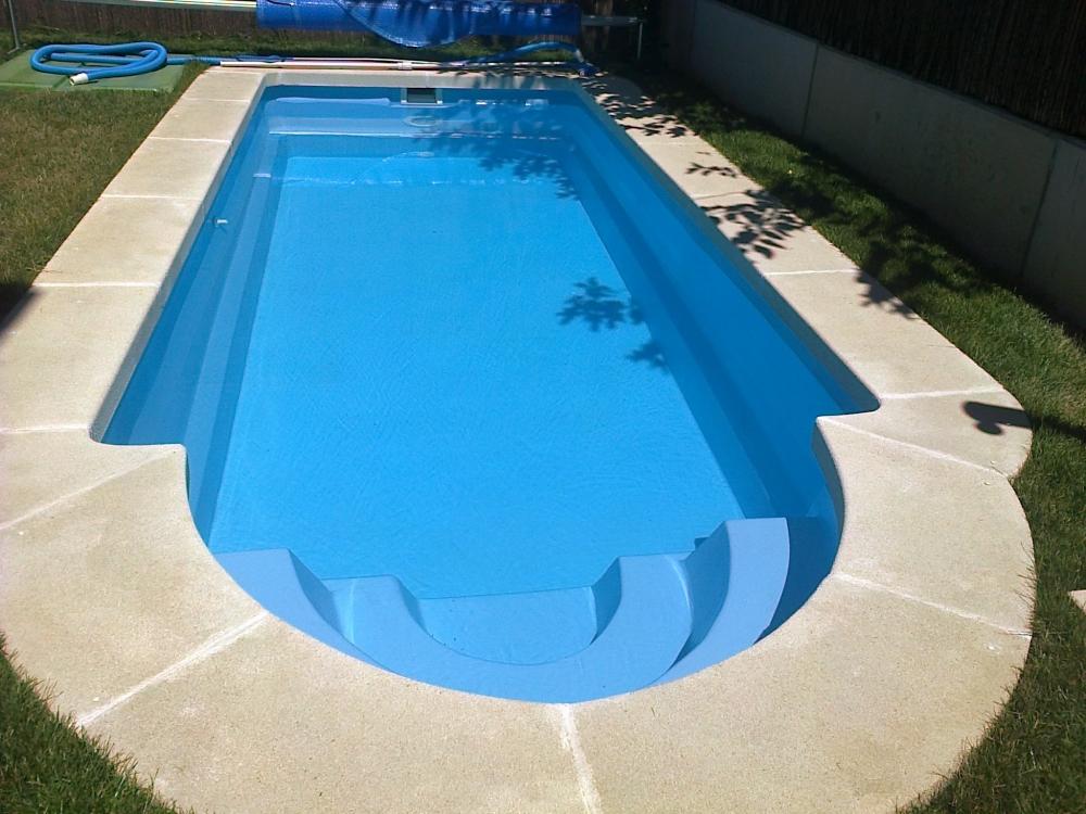 Cubas de agua para piscinas trendy depsitos de polister for Cubas de agua para llenar piscinas