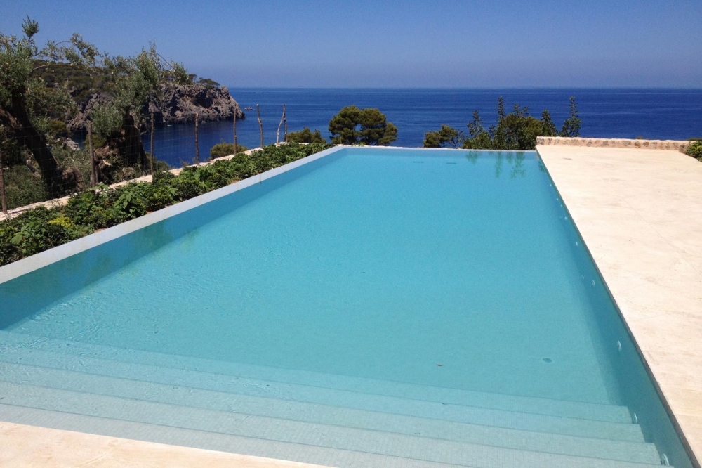 Piscinas soller construcciones de piscinas en mallorca - Construccion piscinas mallorca ...