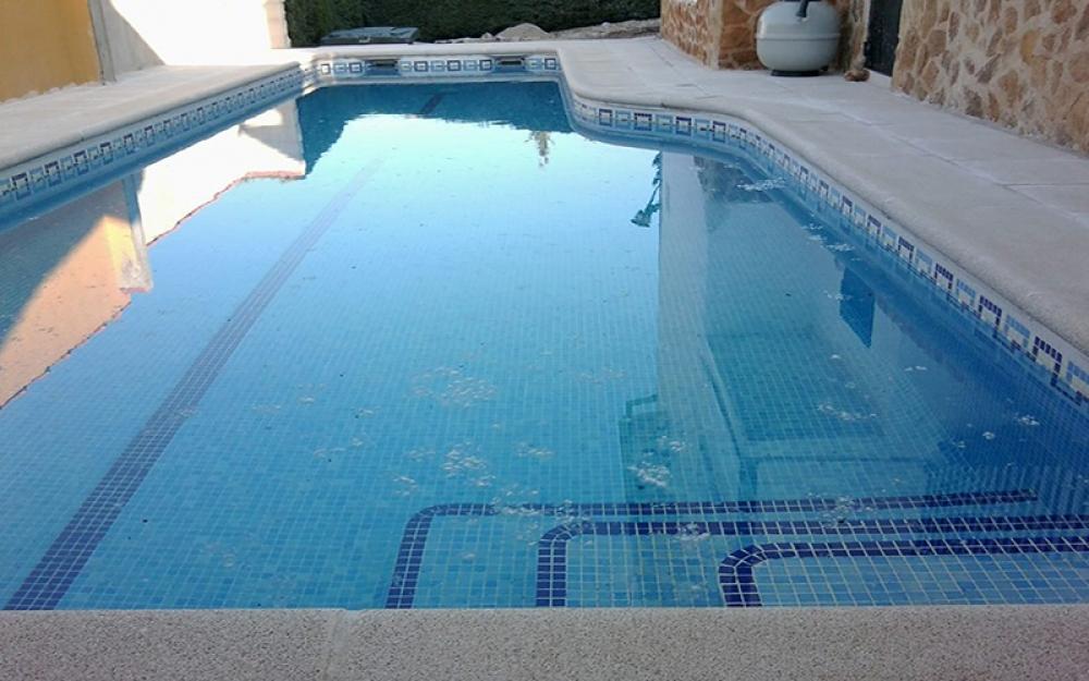 Materiales para hacer una piscina sus hijos y l idearon for Lona estanque barata