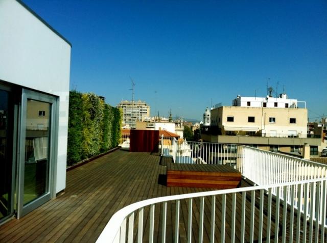 Jardines verticales de dise o jardines verticales en la - Empresas jardineria valencia ...