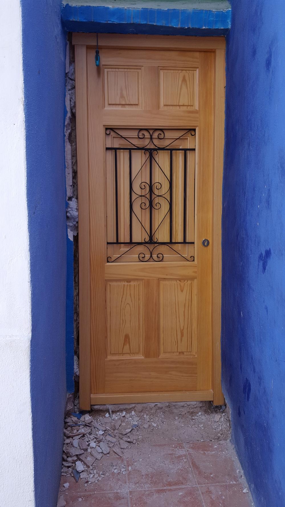 Carpinter a barberes empresa de carpinter a de madera for Donde venden puertas