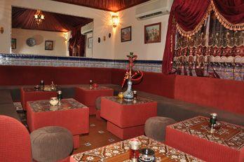 Restaurante teter a sultana teter a con espect culo en - Mercerias en alicante ...
