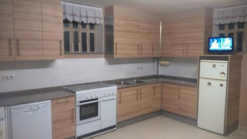 Reformas lowcost coru a empresa de reformas completas de cocinas y ba os con montaje de muebles - Cocinas completas con electrodomesticos ...