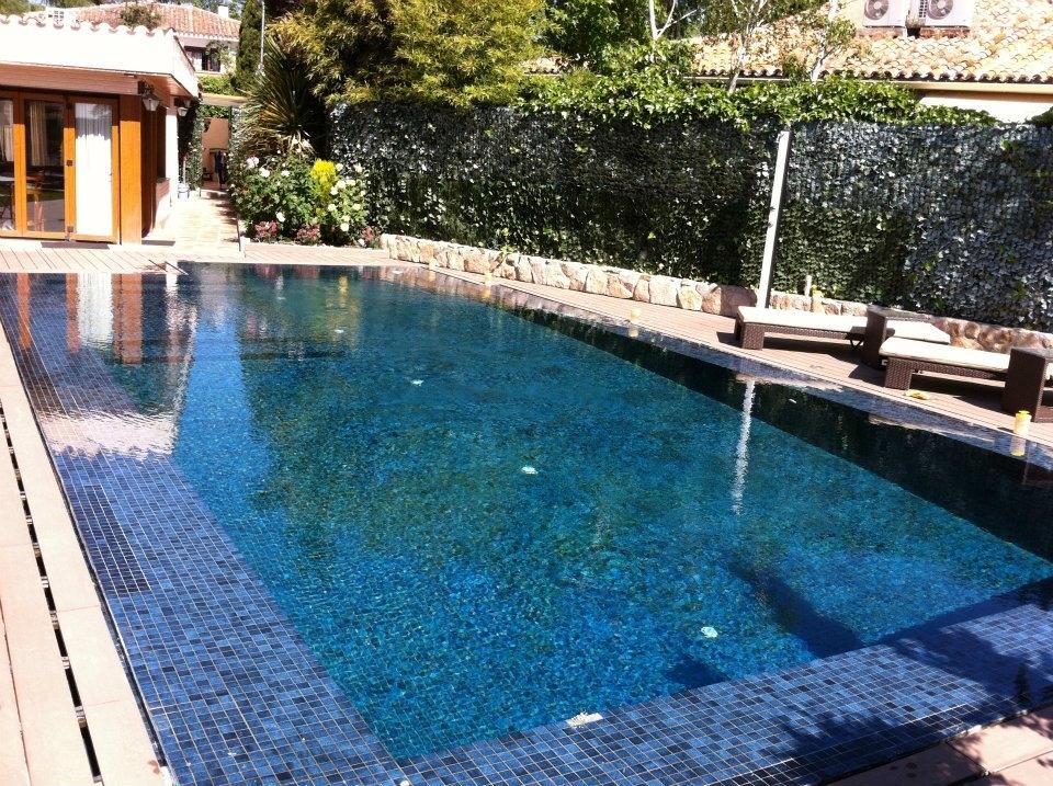Piscinas urbano piscinas de obra de hormig n proyectado for Piscinas hormigon proyectado