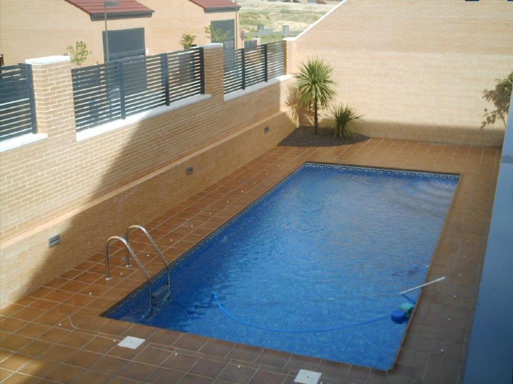 Dayquerdos empresa de construcciones de obra nueva en la for Constructores de piscinas